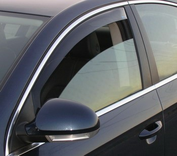 Deflectores de ventanilla Climair Audi A4 con marco cromado  (2008-2015 )