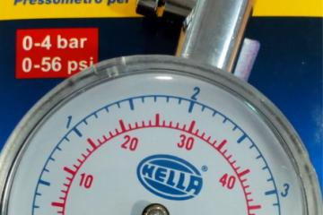 Manómetro metálico HELLA