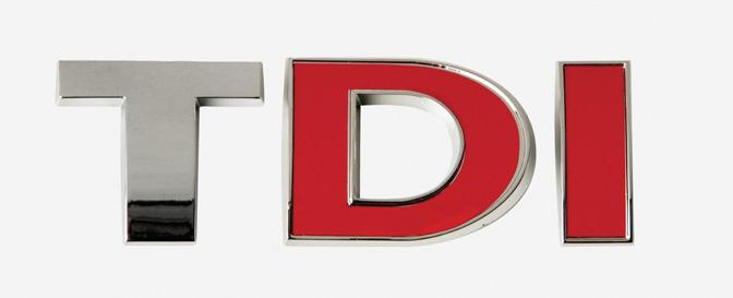 Adhesivo relieve rojo/cromado TDI